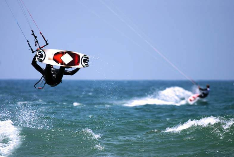 Kite surfing helmet