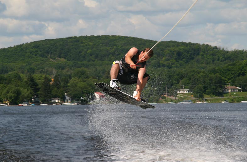 Wakeboarder without wakeboard helmet